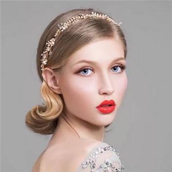 韩式新娘发型详细步骤介绍 2017新娘婚礼造型